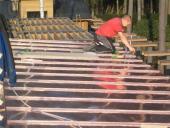 Metalldach - Erneuerung von Kupferstehfalzdeckung und Attikaverblechungen auf einer großen  Villa in Moskau